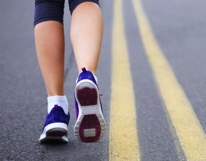 怎样跑步,才能最有效地燃脂减肥?除了坚持还要注意这些